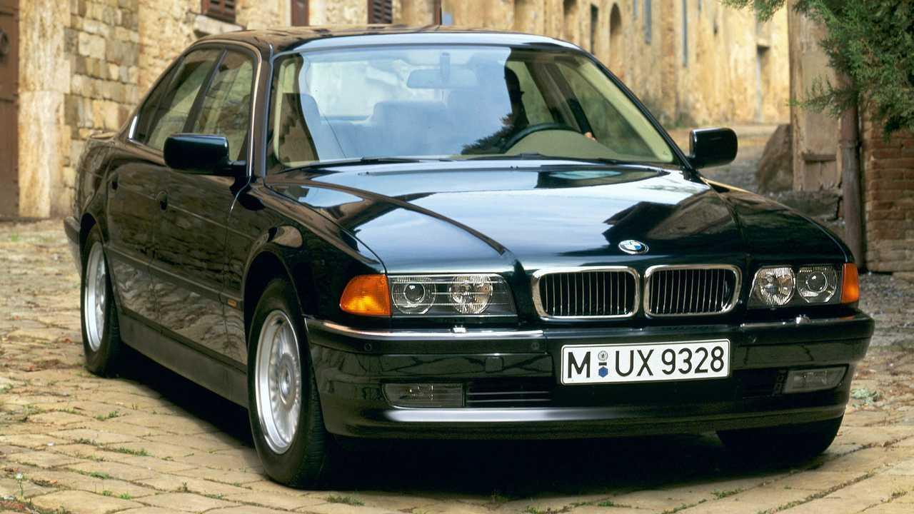 BMW Série 7 type E38