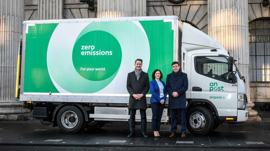 Two Fuso eCanter Join Irish Post Service In Dublin