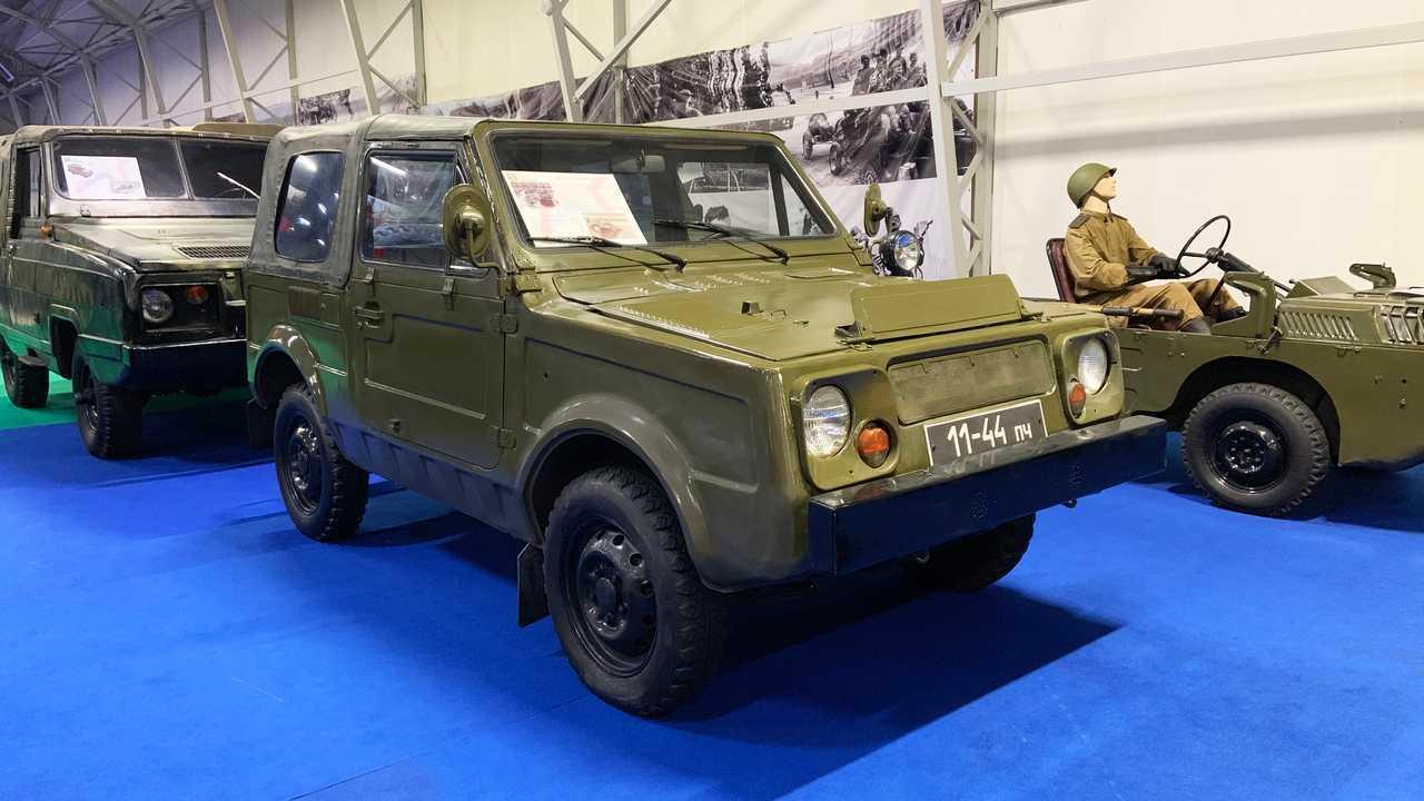 Vergessene Militärfahrzeuge der UdSSR: VAZ-2122 (Projekt