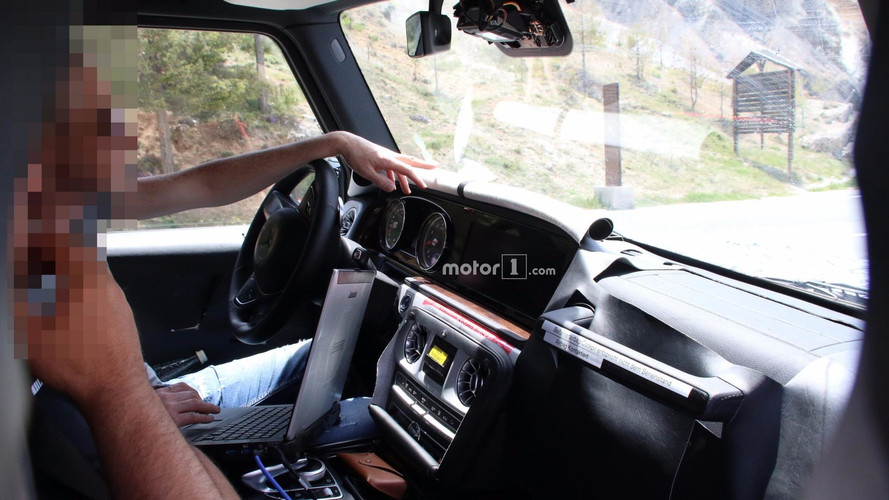 2018 Mercedes-AMG G63 new spy shots including interior