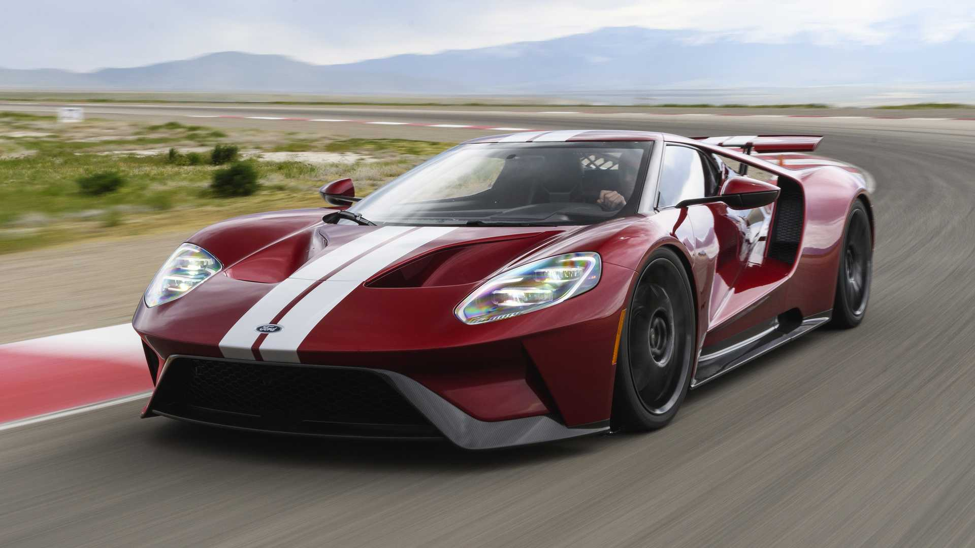 2017 ford gt sells for 1 815m at auction