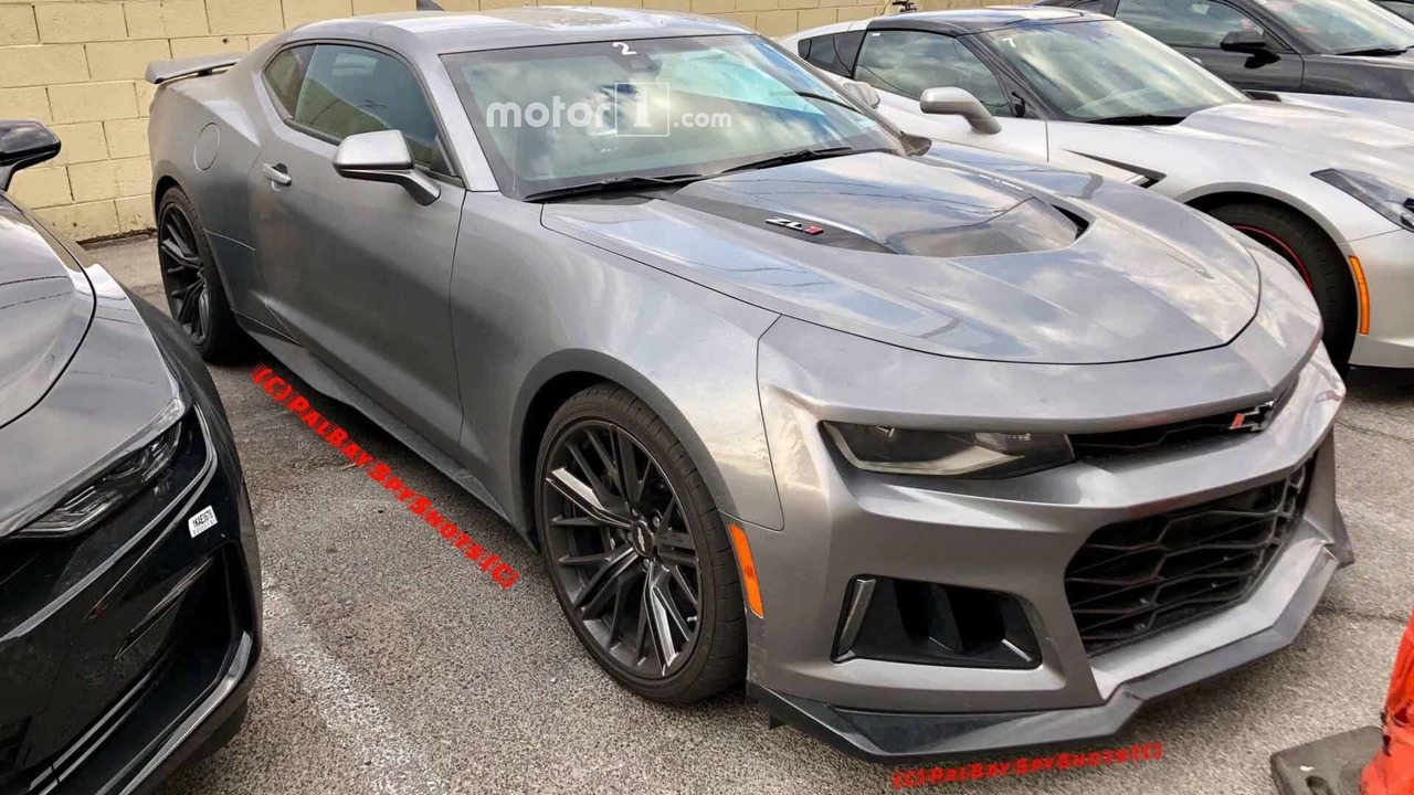 2019 Chevy Camaro ZL1 Spy Photos
