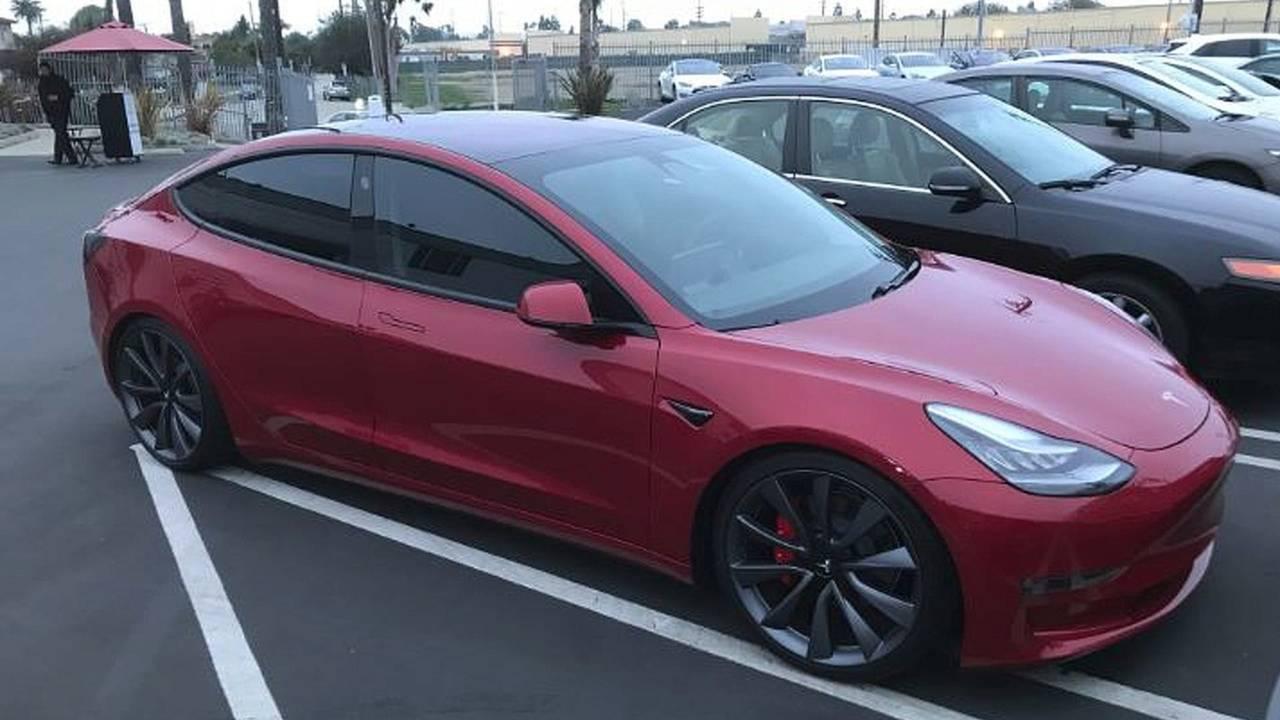 Tesla Model 3: 500 unidades en un día