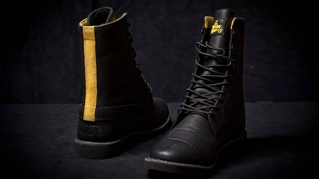 Dimitri Coste's flat track boots