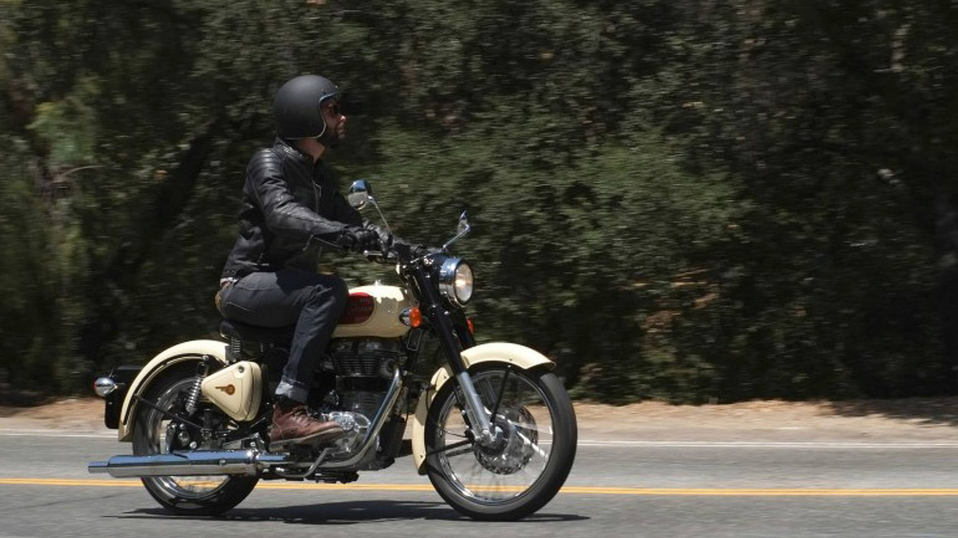 First Ride Royal Enfield Classic 500