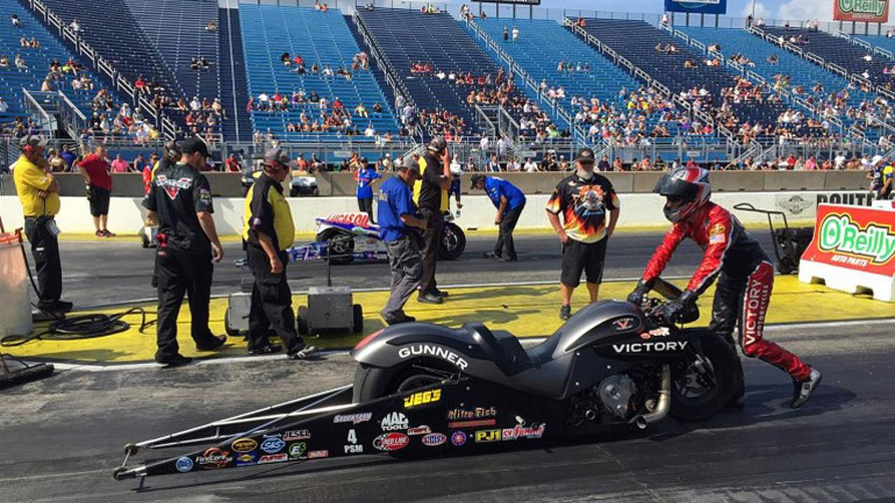 Arana, Jr.'s Buell edges Smith's Victory in NHRA Pro-Stock final at Chicago