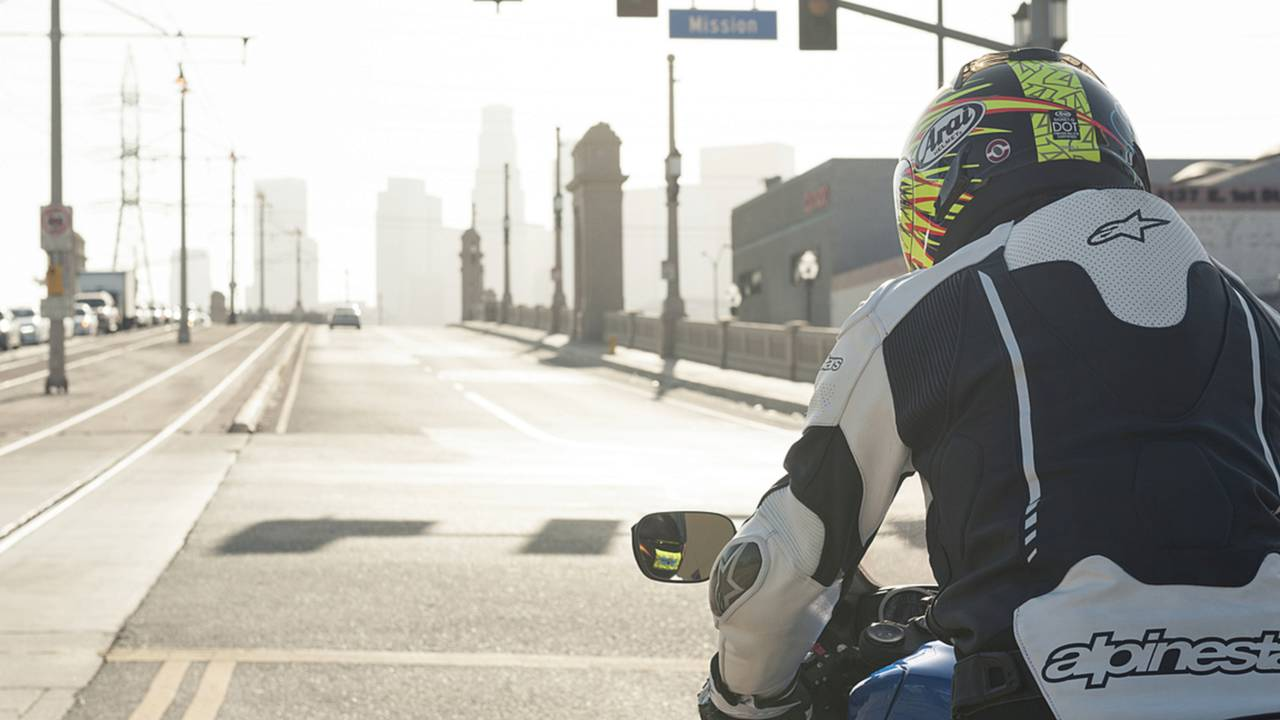 10 Tips for Safe City Riding