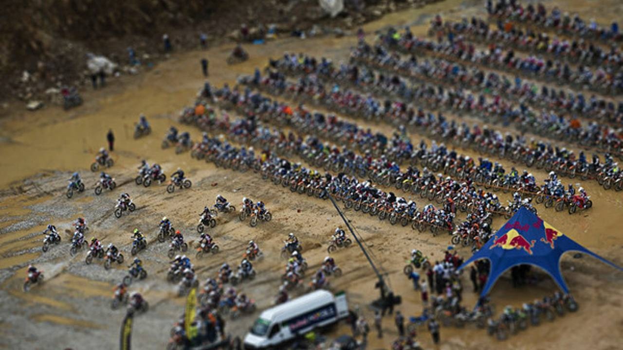 1,800 riders enter, 7 leave
