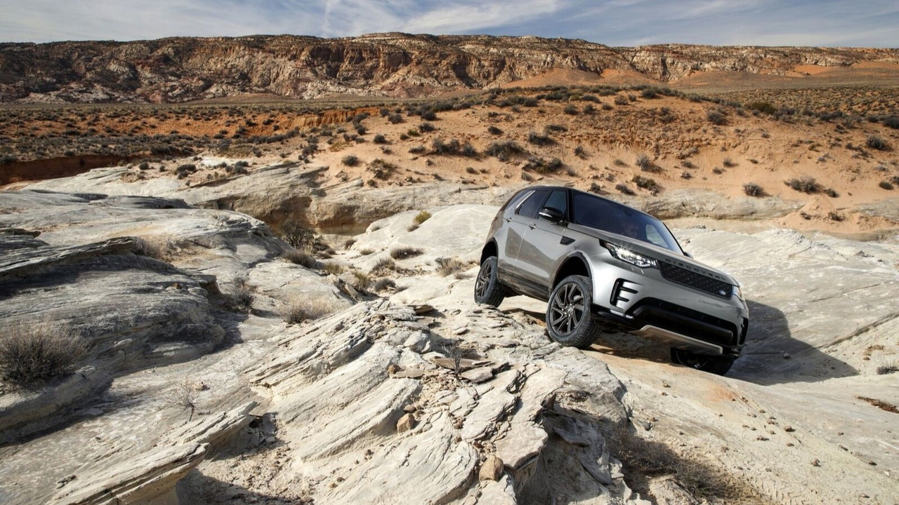 Land Rover conduite tout-terrain autonome