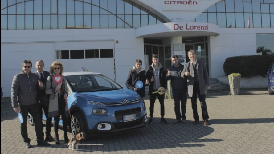 Citroen C3 Facebook, consegnata la prima [VIDEO]
