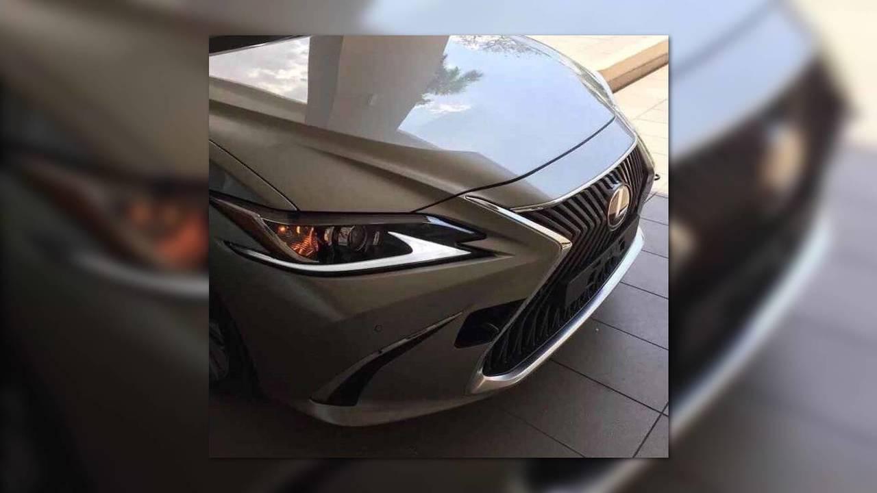 2019 Lexus ES Leaked