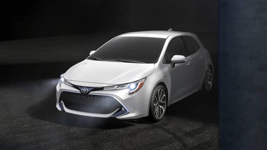Toyota Corolla hatch ganha motor 1.2 turbo no Japão