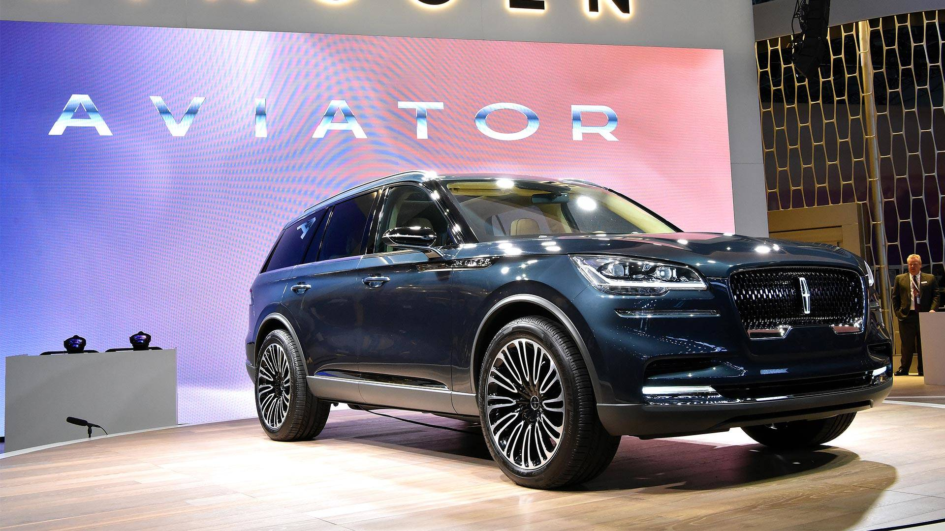 Lincoln Promises Aviator Will Look Almost The Same As Concept Sport