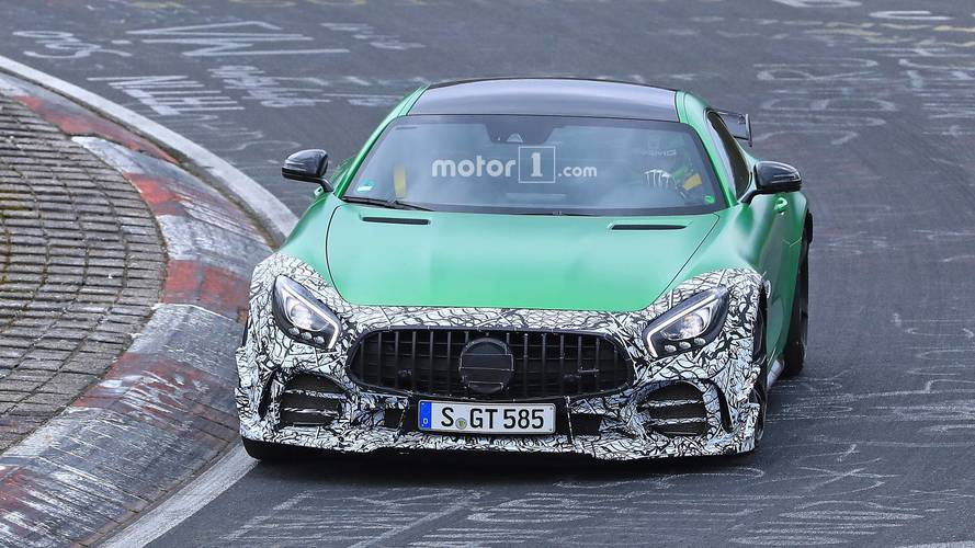 Mercedes-AMG GT R facelift photos espion