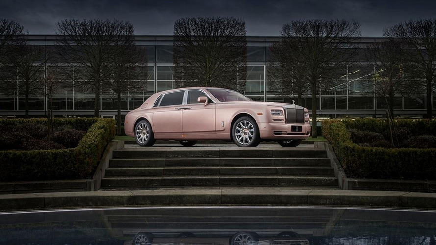 Rolls-Royce shows off Sunrise Phantom Extended Wheelbase
