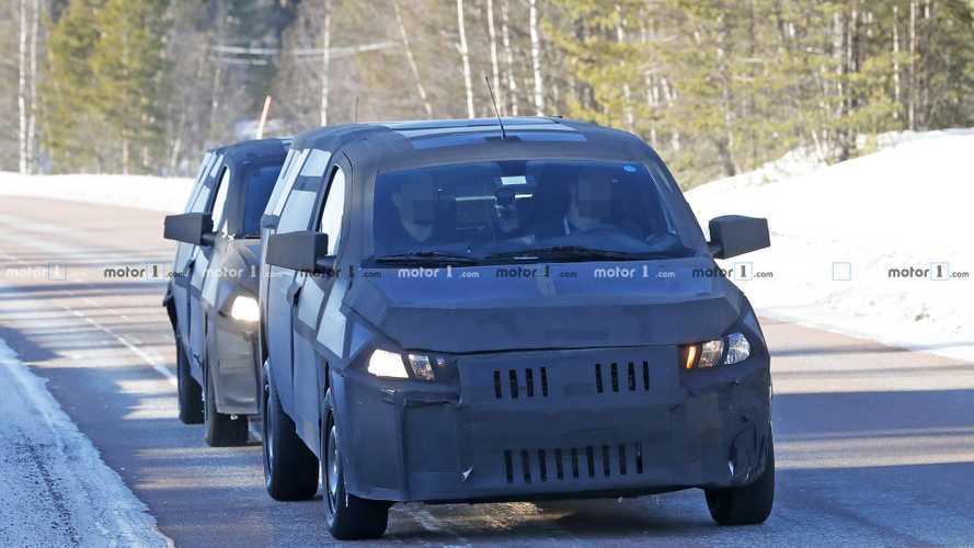 Fiat Mobi pickup spy photos
