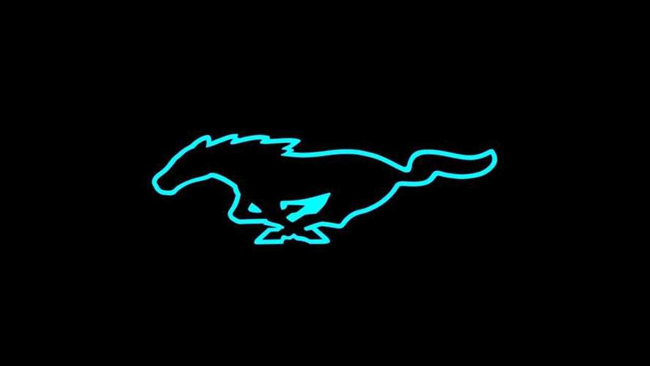 Ford Mustang Logo Tweet