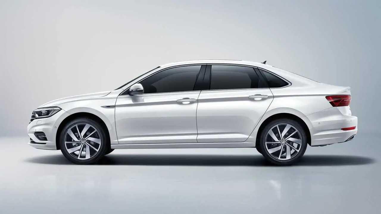 Volkswagen Jetta longa distância entre eixos (Sagitar)