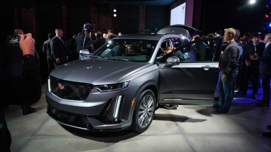The Three Row Cadillac Xt6 Cuv 2020 Debuts With V6 Power