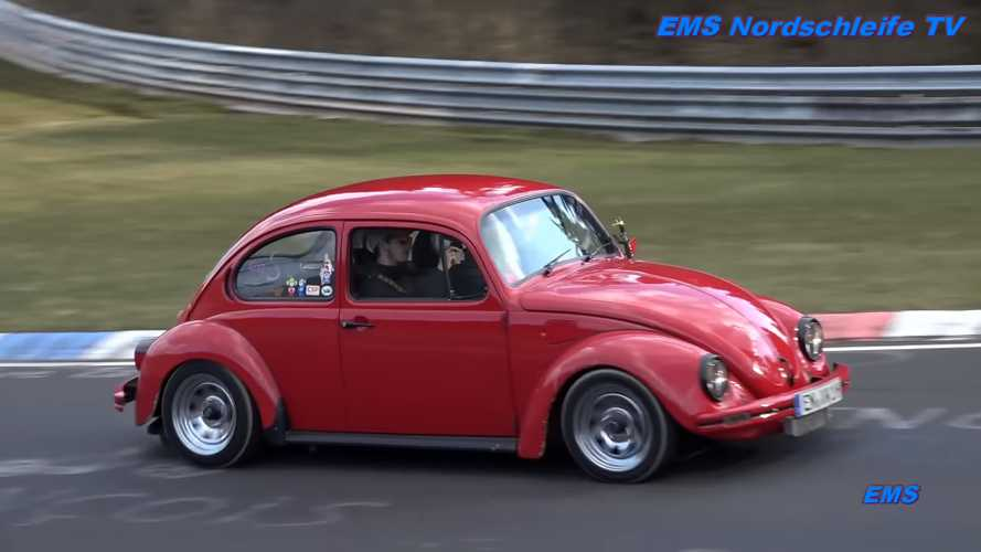 Watch classic VW Beetles invade the Nürburgring