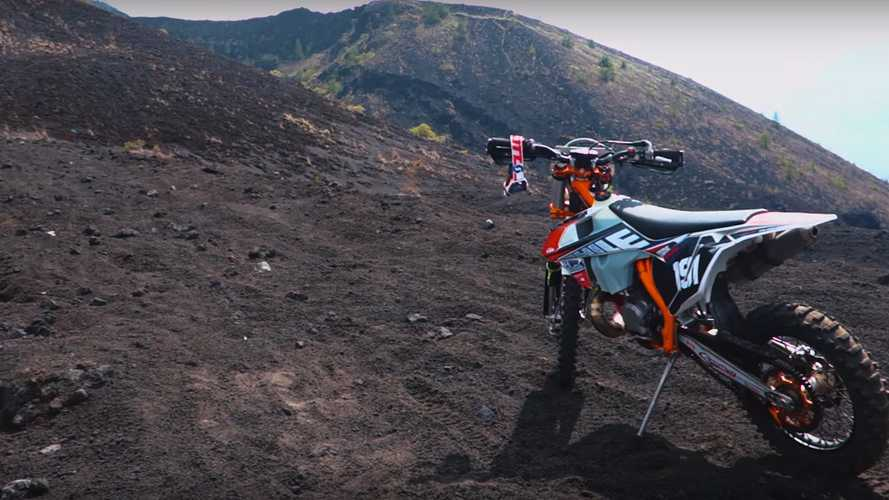 Rocking Riders: Major Off-Roading Fun With Faultline20