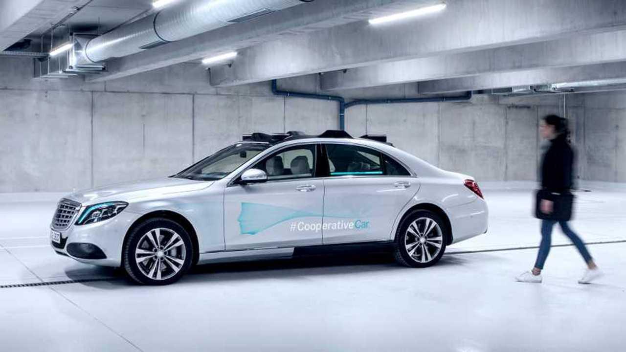 Mercedes Cooperative Car