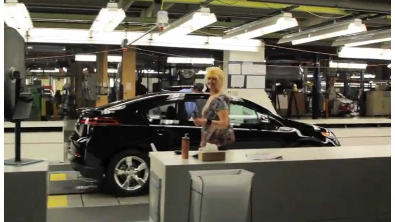 Tour Chevrolet Volt's Hamtramck Assembly - Now Also Producing The 2014 Impala And ELR (video)