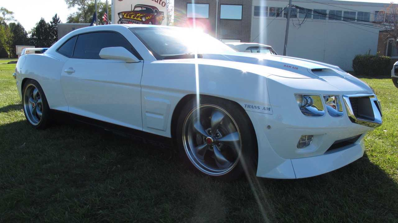 Bizarre 2010 Camaro With Classic Trans Am Nose Needs Home