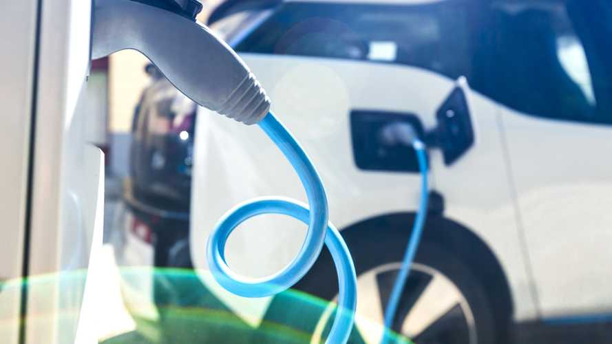 AAA Predicts Consumers Will Still Be Slow To Take To EVs