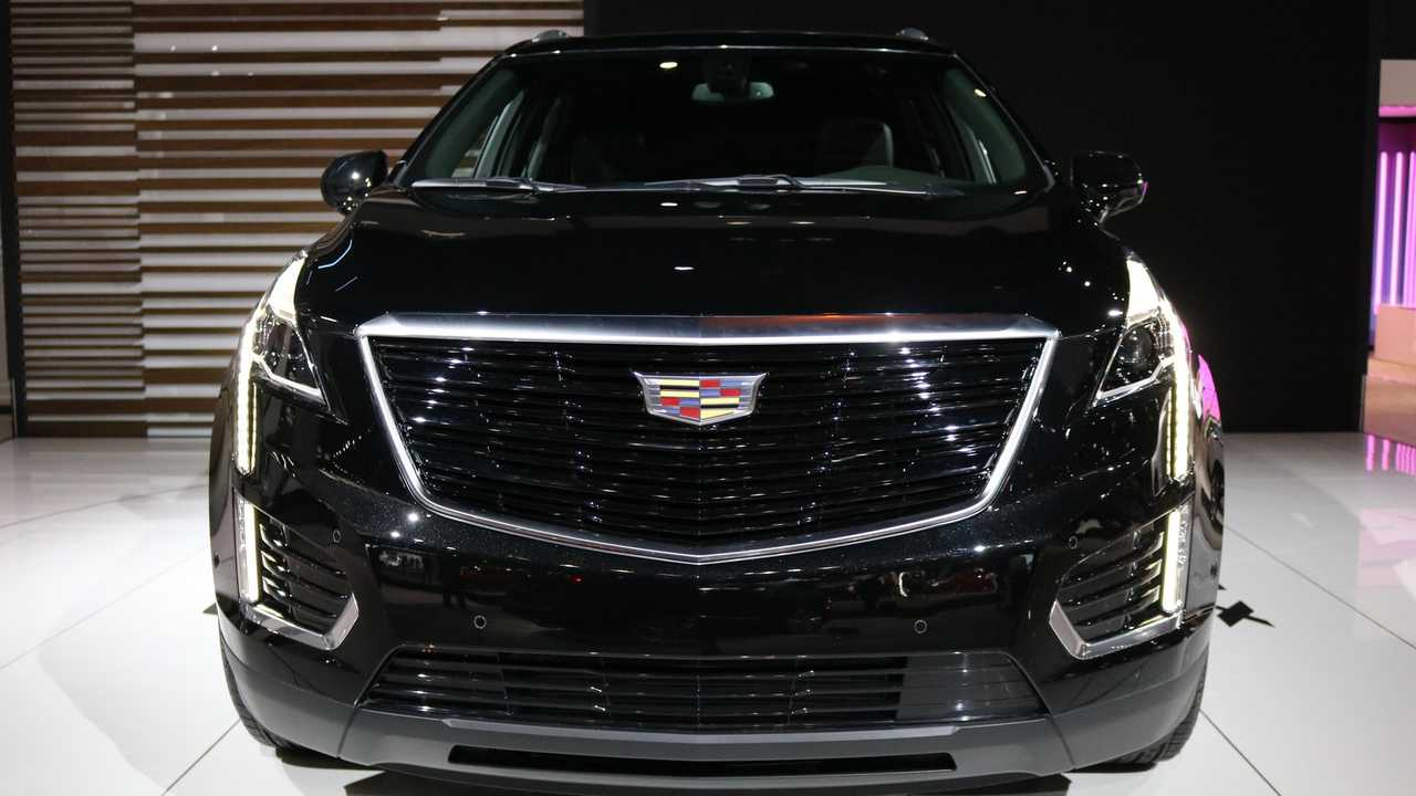 2019 Cadillac XT5 Sport Package | Motor1.com Photos