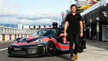 Mark Webber drives the Porsche 911 GT2 RS Clubsport