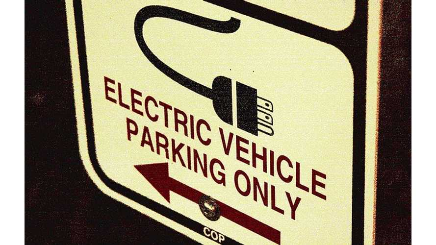 In Boulder, Colorado ICE Can Now Be Ticketed For Parking at EV Charging Stations