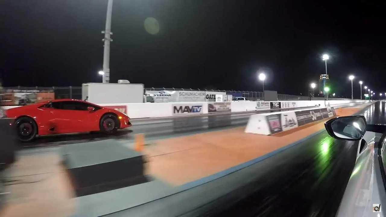 Huracan Vs NSX Drag Race