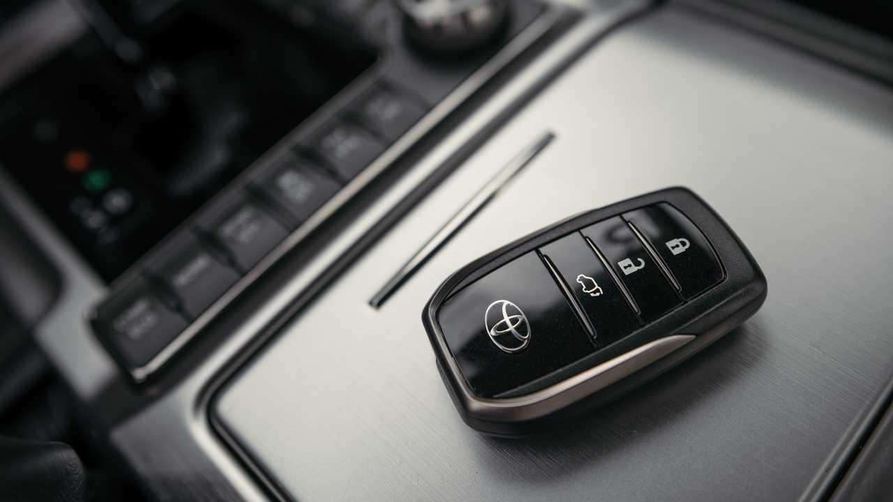Обновленный Toyota Land Cruiser