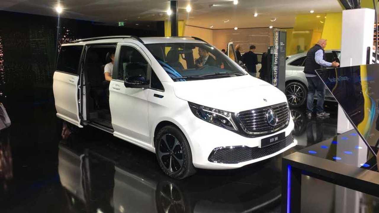 A Mercedes-Benz EQV a frankfurti autókiállításon