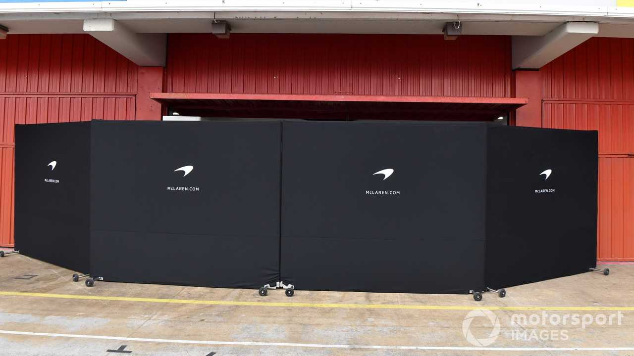 McLaren garage screens at Barcelona Februay testing 2018