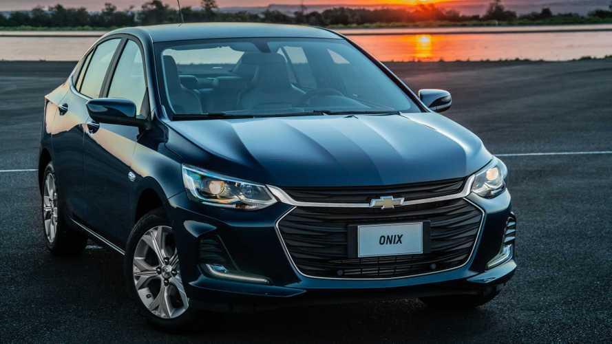 Chevrolet Onix Plus tem produção dobrada e Prisma vira Joy Plus