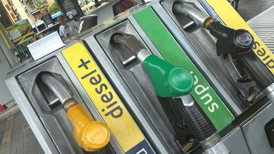 Nuove accise sul diesel, il governo rallenta