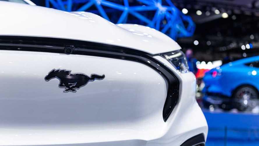 Ford planeja versão pequena do Mustang Mach-E com plataforma MEB da VW