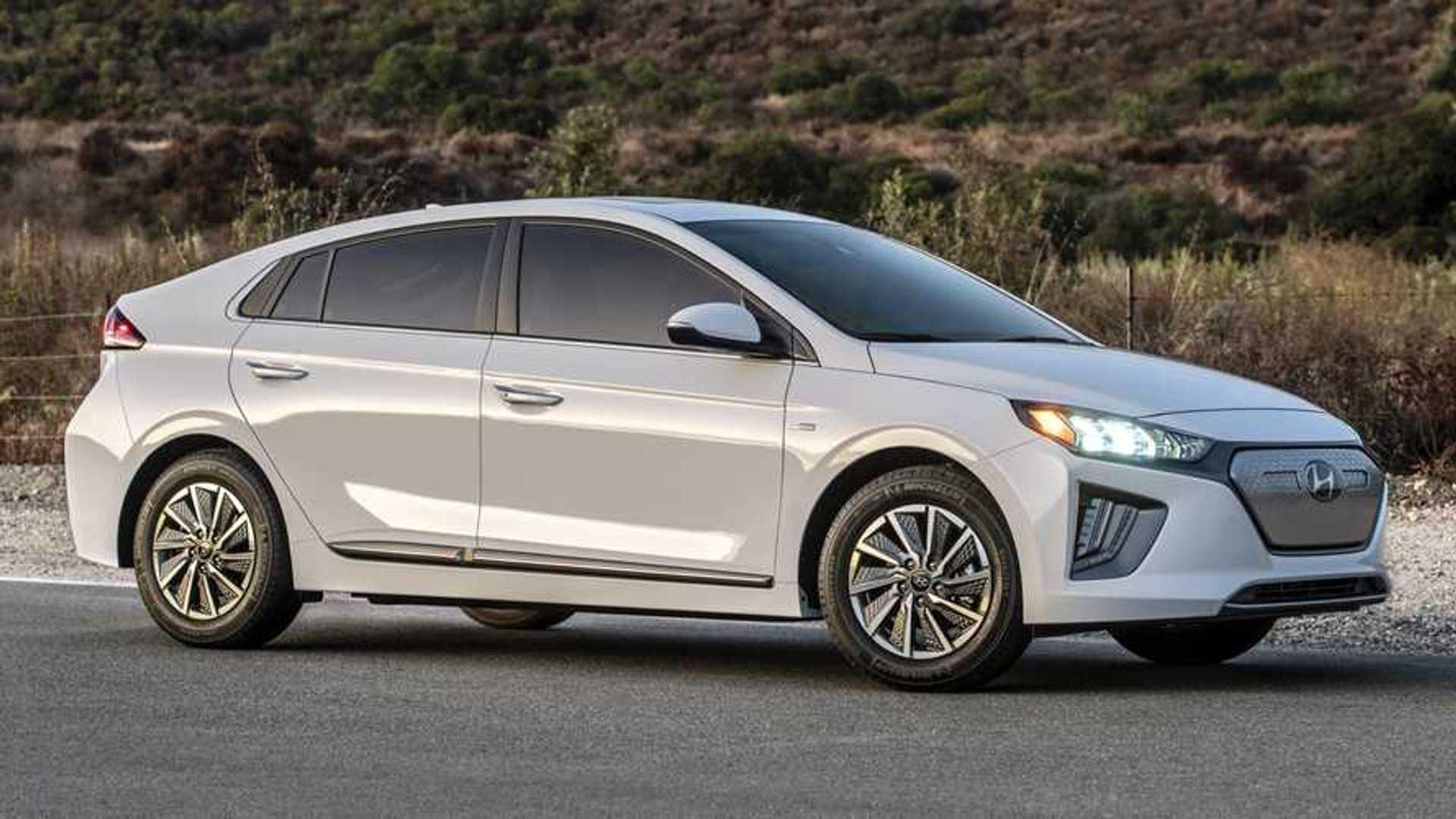 2020 Hyundai Ioniq Debuts With 170 Miles Of EV Range, Refreshed Looks