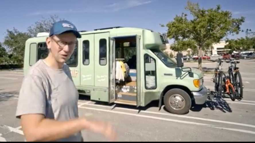 Descubre el microbús Ford que ha tenido una segunda oportunidad