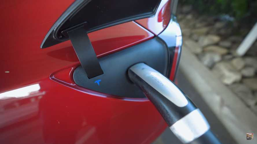 Check Out Similarities Between Supercharging And Filling a Gas Tank