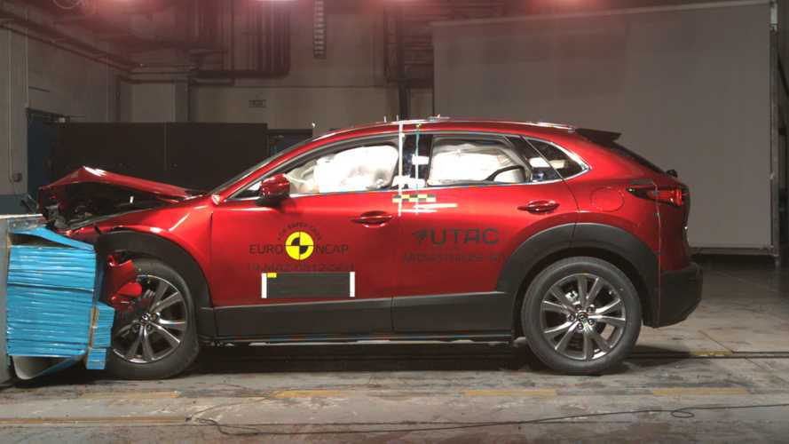 Mazda CX-30 and Mercedes-Benz GLB crash tests