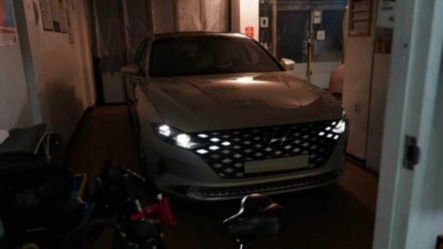 Hyundai Azera renovado (e de gosto discutível) aparece na Coreia