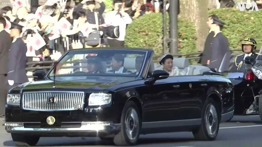 One-off Toyota Century Convertible Parades On Tokyo Streets