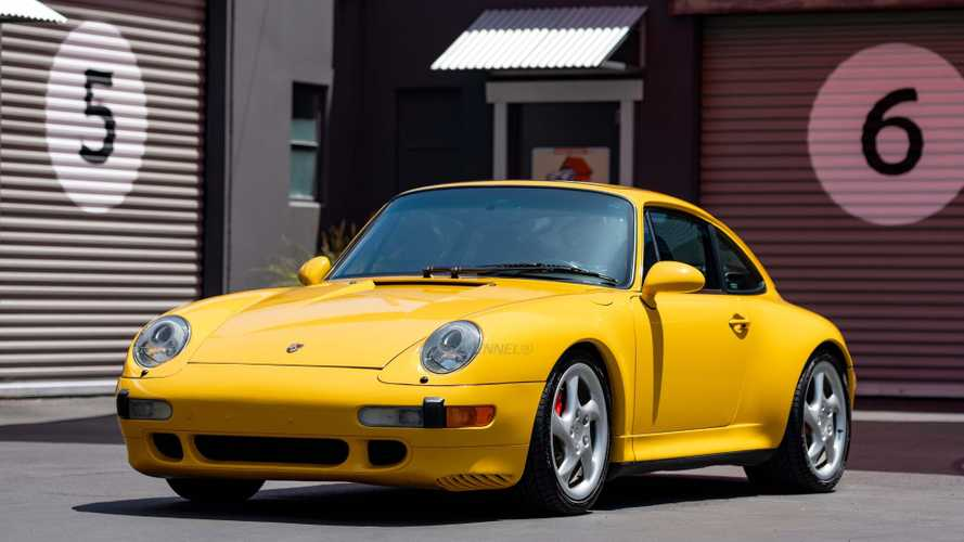 1996 Porsche 993 911 Carrera C4S Makes The World Flat