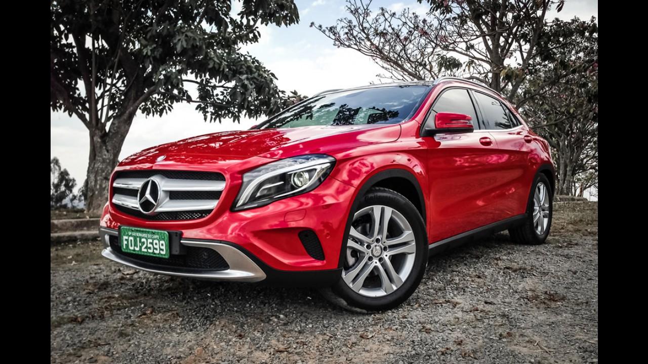 Próxima geração do Mercedes GLA será maior e terá versão cupê