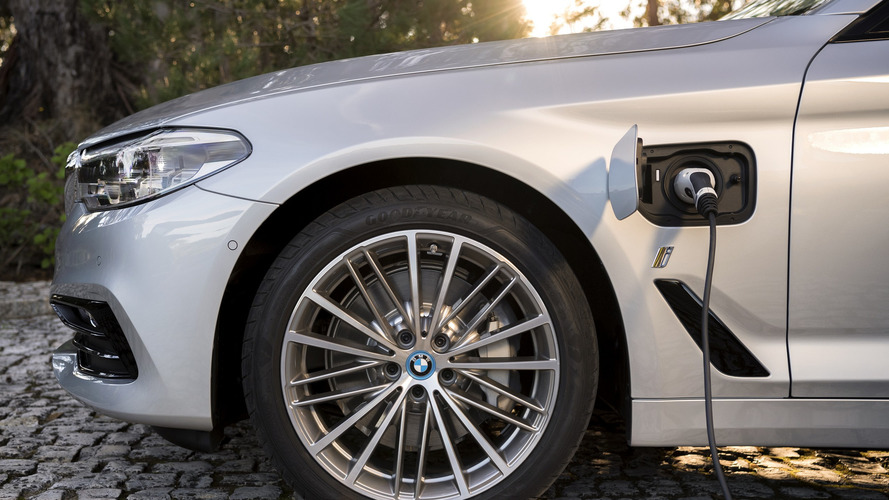 2017 BMW 530e