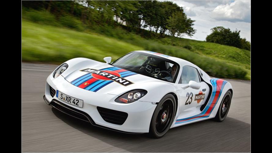 Endlich wieder ein Porsche im Martini-Racing-Look