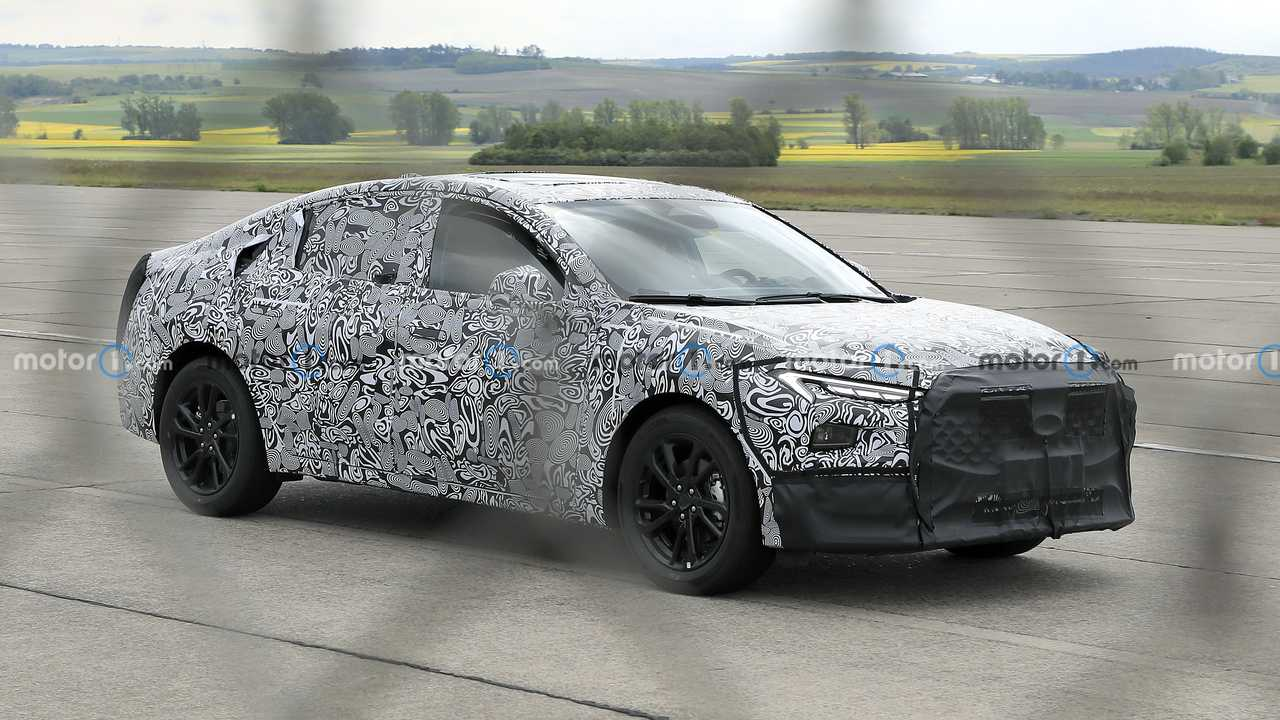 Ford Mondeo 2022, de berlina a SUV